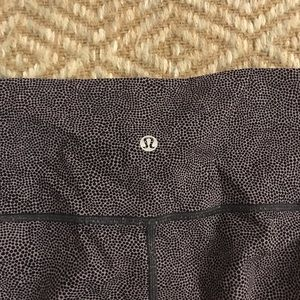 "Lululemon Wunder Under 21"" Leggings"